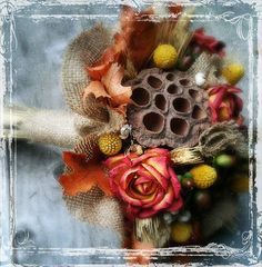 fall bouquet- burlap and leaves lovee