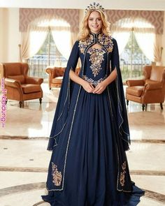 New Trending Vogue Victorianism Vintage Queen Elegant Maxi Dress Plus Size Floor Length Victorian Ball Gowns Evening Party Prom Dresses Pretty Dresses, Blue Dresses, Prom Dresses, Dresses With Capes, Vintage Dresses, Fantasy Gowns, Cosplay Dress, Medieval Dress, Mode Inspiration