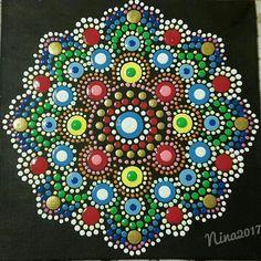 My Mandala handpainting by Nina Italy - Puntinismo- Puntillismo- Dotart- Dotartwork