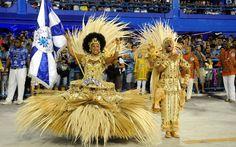 LE COUPLE au DRAPEAU du PRESTIGE de l'école de SAMBA. Casal de mestre-sala e porta-bandeira da Beija-Flor