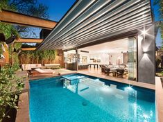 See how the Outdoor Retractable Roof System supplied and installed by Melbourne Awning Centre for this South Yarra residence enhanced their pool and deck area