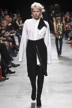 Lutz Huelle Fall 2016 Ready-to-Wear Fashion Show