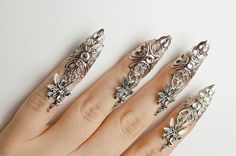 Hey, I found this really awesome Etsy listing at https://www.etsy.com/listing/241953779/fairy-nail-claw-rings-set-of-5