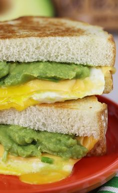 Sara Lee Bread Fried Egg & Avocado Grilled Cheese. Enjoy this deliciousness for breakfast, lunch—or brinner!