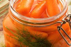 Morcov marinat la borcan – o gustare delicioasă și crocantă pentru sezonul rece! - Bucatarul