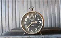 This is a picture of a vintage Big Ben alarm clock. It shows what was one of the things in Crooks bunk.