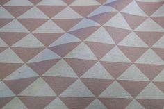 NB 1223-013 Interieurstof piramide oudroze