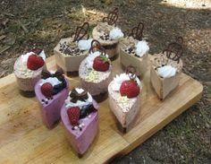 Muffins, Pudding, Anna, Muffin, Custard Pudding, Puddings, Avocado Pudding, Cupcakes