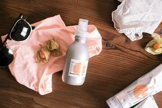 ♥ Davines: SU Hair Milk ♥ Tratamiento protector y suavizante que proporciona todos los beneficios de una crema y la ligereza de un aerosol. Gracias a los filtros anti UV-A y UV-B, que protegen e hidratación el cabello y el color durante la exposición al sol. Tiene una fórmula ligera que no apelmaza, dejándolo suave y brillante. ♥ #davines en #oliviatheshop www.oliviatheshop.com ♥