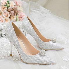 Rhinestone Wedding Shoes, Wedding Pumps, Rhinestone Heels, Stilettos, Stiletto Heels, Silver Outfits, Color Plata, Types Of Shoes, Silver Glitter
