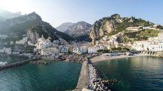 A Baía de Amalfi, em Amalfi, Itália. (Dronarium / Dronestagram), By drone.