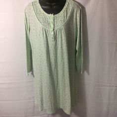 Miss Elaine Nightgown Size Large Mint Green Long Sleeve Floral #MissElaine #Gowns