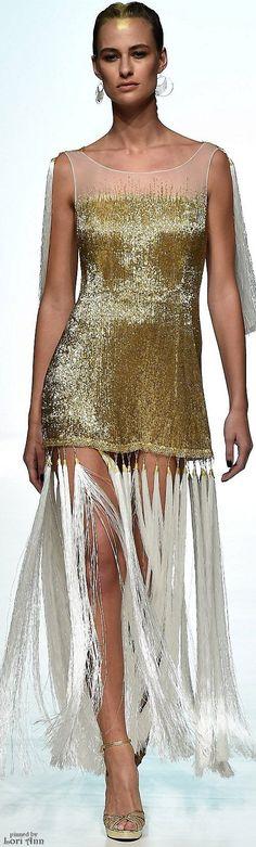 Jelena Bin Drai Spring-summer 2016 - Ready-to-Wear Glitter Fashion, Gold Fashion, Runway Fashion, Fashion Show, High Class Fashion, Woman In Gold, Fringe Fashion, Fashion Week 2016, Estilo Fashion