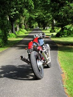 Readers rides: Moto Guzzi Le Manns 1000 ~ Return of the Cafe Racers