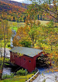 Arlington Covered Bridge crosses the Battenkill River in Arlington, Vermont