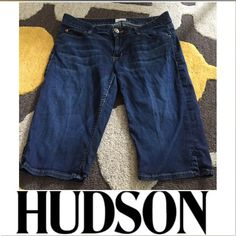 Hudson Style W611JIN 13 inch Shorts Hudson Style W611JIN 13 inch Shorts. Classic back flap pockets. 7 5/8 inch rise (low). Excellent condition. Size 28, which is a 6. Feel free to make an offer. Hudson Jeans Shorts Jean Shorts