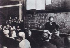 1922Albert Einstein lecturing on relativity, Paris, France