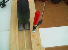 Invento casero para realizar cortes rectos con la sierra de calar