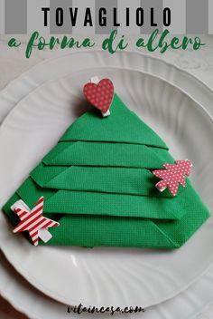 How to fold a napkin as a Christmas tree - Come piegare un tovagliolo a forma di albero di Natale. Questo per molti sarà un Natale in versione più ristretta del solito, senza la compagnia dei familiari. Non è facile accettare le limitazioni; ci adeguiamo solo pensando alle gravi, straordinarie circostanze che lo richiedono. Magari ricordiamocene l'anno prossimo, così non ci lamenteremo più delle chiassose rimpatriate con i parenti – di cui molti in passato si crucciavano! Home Decor, Shape, Decoration Home, Room Decor, Home Interior Design, Home Decoration, Interior Design