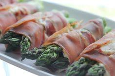 Suret asparges i heit krem