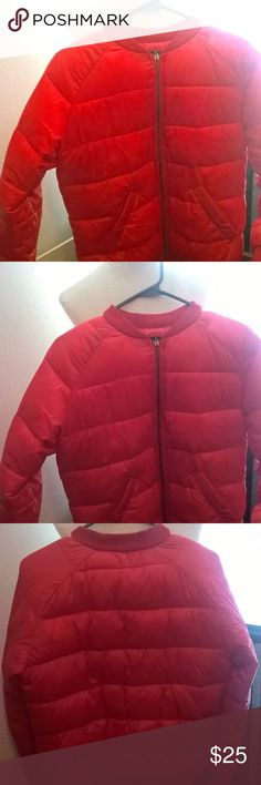 """S/M Red Bomber/Puffer Jacket Red Bomber Puffer Jacket. Has banded collar, sleeves, and bottom. Worn once. Fits a small and medium. Nice for Fall/Winter/Early Spring  Zip front closure with standing collar 100% nylon shell, 100% polyester lining & fill 24"""" total length, 20.8"""" bust width Measured from S/M Machine wash cold, gentle cycle Sienna Bellini Jackets & Coats Puffers"""