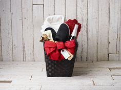 'Tis the season for sharing! Check out the Comfort Kit and other awesome holiday gift baskets as well as enter for your chance to #winIKEA!