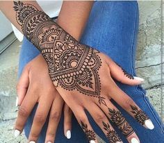 Image de henna, nails, and white