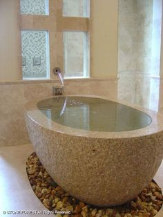 Exude opulence with a granite or marble bathtub. Marble Bathtub, Marble Wall, Bath Tube, Stone Bathtub, Baths Interior, Beautiful Bathrooms, White Bathrooms, Luxury Bathrooms, Master Bathrooms