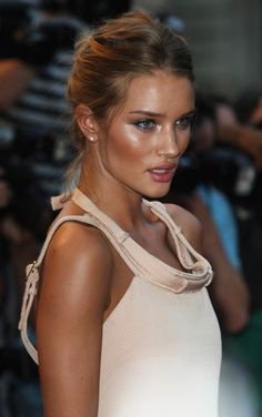 Find more Tanned Bronze inspo at http://www.fashionaddict.com.au/catalogsearch/result/?q=bronze
