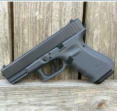 Grey glock 19