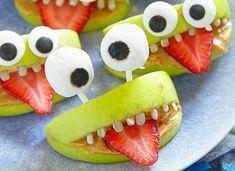 Gesunde Snacks für eure #HalloweenParty, die garantiert nicht nur Kindern gefallen! #HalloweenPartySnacks #Partyfood #gesund #lecker #DIY