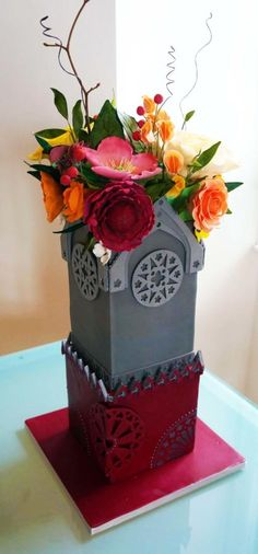 Victorian Gothic in Bloom - Cake by Enrique