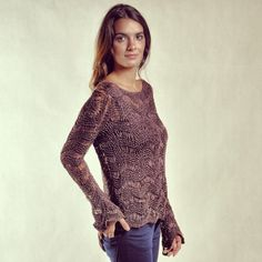 Blusa Ondas chocolate. #trico #tricot #knit #altotrico #fashion #mode #moda #marrom #chocolate #brown #brun #blusa #shurt #top #blouse #handmade #feitoamao