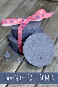 Pretty DIY Gift Ideas on A Budget | Relaxing Lavender Bath Bombs with Tutorial and Recipe Make Great Gifts for Mom, Sister, Neighbor, Teachers