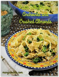 Pasta with rapini, anchovies and crushed almonds! A classic pasta combination from the Puglia region, this dish is often served on Christmas Eve. Easy Pasta Dishes, Seafood Dishes, Cauliflower Pasta, Fish And Meat, Italian Recipes, Italian Cooking, Mediterranean Recipes, How To Cook Pasta, Pasta Recipes