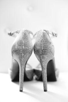 Yena and Andrews St Regis Wedding in New York Wedding Tips, Luxury Wedding, Wedding Details, Destination Wedding, Nyc Wedding Photographer, Wedding Photography, New York Wedding Dresses, Hotel New York, Vera Wang