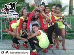 #Repost @habanaenclave Bailadores de Habana en Clave - Academia de baile. Grupo juvenil y Pareja novel. #habanaenclave #academiadebaile #salsacasino #salsacasinovzla #salsacasinovenezuela #ccs #caracas #grupojuvenil #parejanovel #bailadores