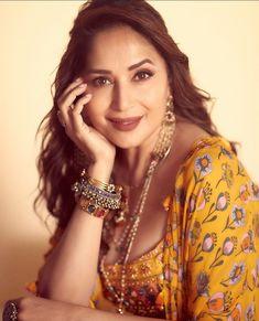 Madhuri Dixit, Alia Bhatt, Crochet Earrings, Female, Instagram, Indian Actresses, Brain, Beauty, Hot