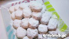 Οι πιο αφράτοι κουραμπιέδες - e-mama.gr Greek Recipes, Christmas Desserts, Sugar Cookies, Nutella, Biscuits, Cereal, Dessert Recipes, Cooking Recipes, Sweets