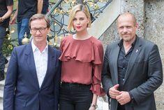 Nach dem Schauspielerin und Ocscarpreisträgerin Charlize Theron am Donnerstag in Wien von Life-Ball-Organisator Gery Geszler den Swarovski Crystal of Hope überreicht bekommen hatte, reiste die 42-Jährige am Freitag nach Salzburg weiter.
