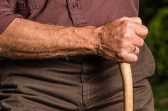 Laska inwalidzka to najstarszy ortopedyczny przedmiot świata - Blog OrtoModa.pl