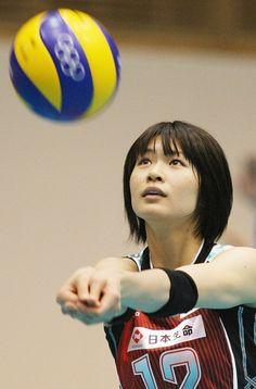 バレーボール全日本女子の公開練習で汗を流す木村沙織(東京)