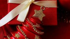 When it comes to your children and what gifts they receive, parents definitely should have a say. To ensure friend's and family don' t out spend you it is wise to set a limit on all gifts they will be receiving. All Gifts, Things To Come, Christmas, Xmas, Weihnachten, Navidad, Yule, Noel, Kerst
