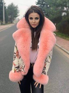 Sexy Outfits, Fall Outfits, Fur Fashion, Womens Fashion, Fabulous Fox, Fox Fur Coat, Fur Collars, Fur Trim, Parka