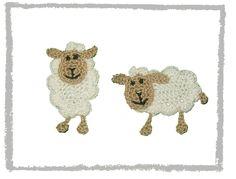 gehäkeltes Schaf von SaVö-Design Häkelapplikationen auf DaWanda.com