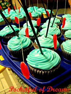 Field of Worms cupcakes. How funny is that?!  Pocketful Of Dreams: Gone Fishing Party
