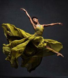 Alvin Ailey, Dance Images, Dance Pictures, Ballet Art, Ballet Dancers, Ballerinas, Bolshoi Ballet, Dance Aesthetic, Black Dancers