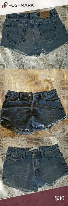Express vintage cut offs jean shorts 32 W button Vintage Express precision fit short cutoffs. Frayed hem.   Top Rated  Fast Shipper  Bundle & Save B6 Express Shorts Jean Shorts