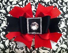Santa Baby Boutique Bow. $7.00, via Etsy.