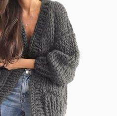 Cardigan Fashion, Knit Fashion, Fashion Outfits, Unique Fashion, Daily Fashion, Kinds Of Clothes, Clothes For Women, Knit Cardigan Pattern, Casual Winter Outfits
